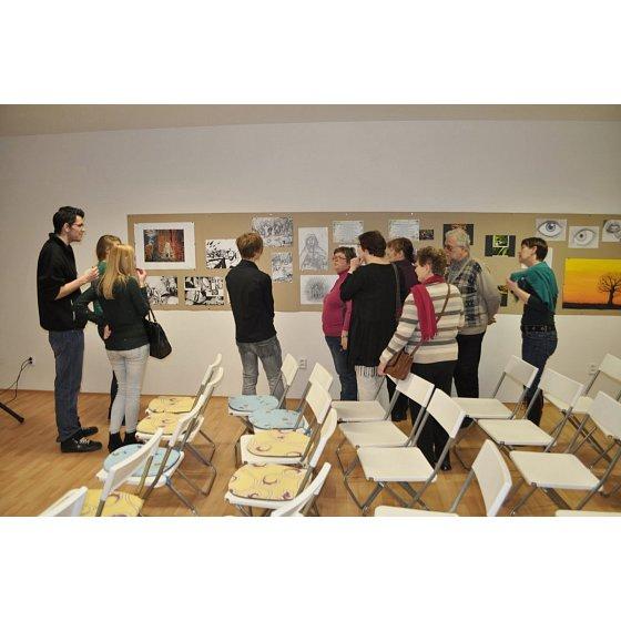 výstava mladých umělců